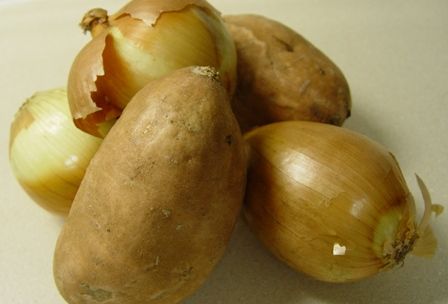 Picture of sweet potatoes and onions