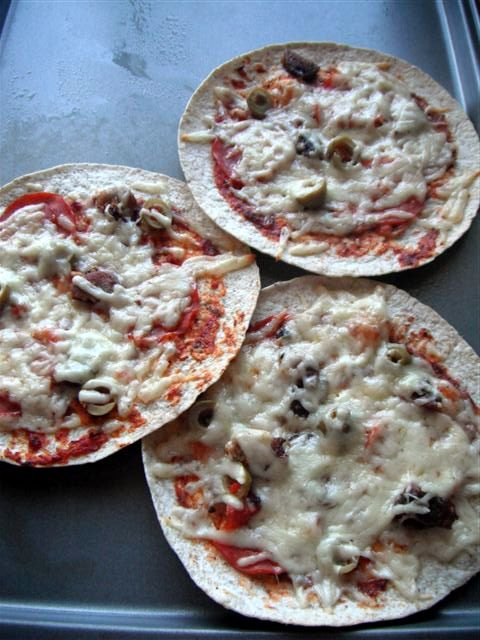 Picture of Cooked Tortilla Pizza