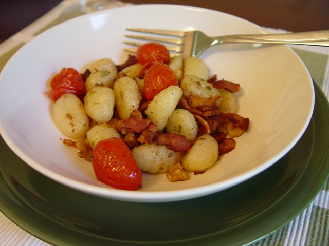 picture of gnocchi with walnuts and sage