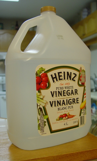 picture of vinegar - acetic acid